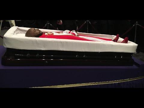 Bishop Eddie Long (Pimp Eddie Long) Laid to rest in Atlanta today.
