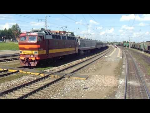 Прибытие на станцию Котельнич-I C окна кабины машиниста ЧС4Т