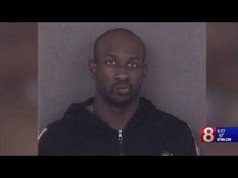 West Haven man accused of kneeing woman in stomach at Milford mall