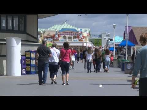Shore businesses prepare for busy weekend, summer season