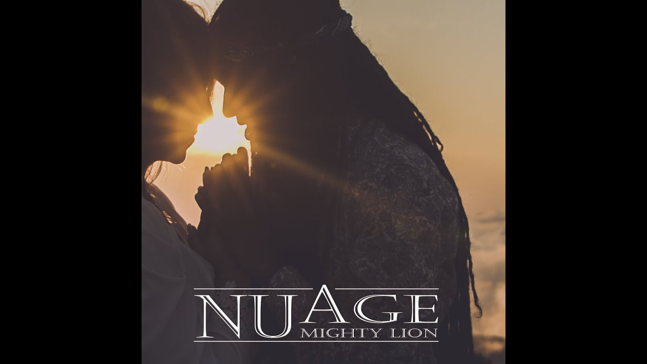 Mighty Lion - Nuage