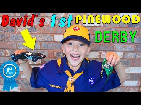 My First Pinewood Derby!!  Building a Super Fast Race Car!