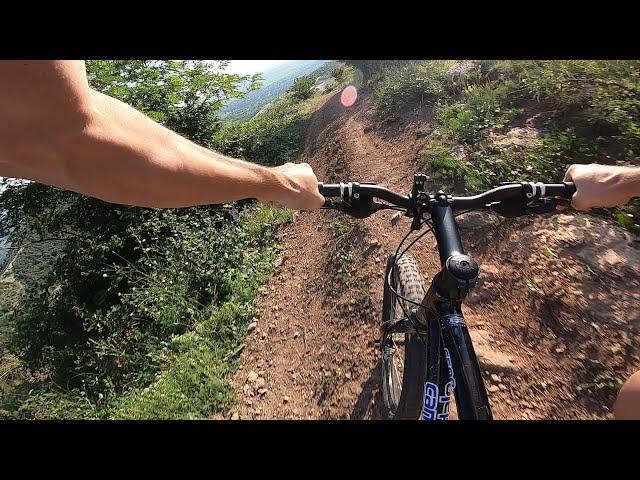 Aventuri pe bicicleta : De la cetate
