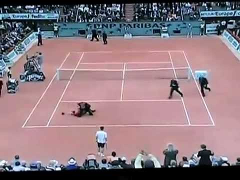 Roger Federer  Attacked by  Nice Tackle