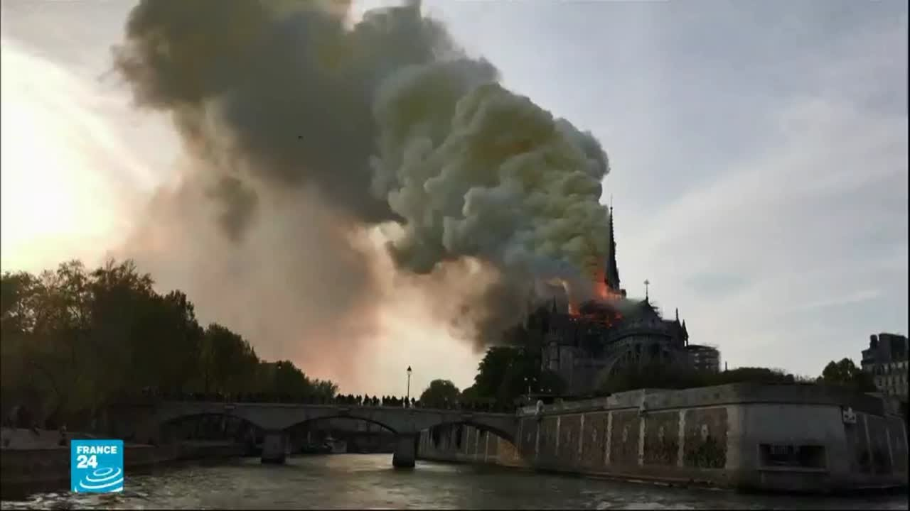 كاتدرائية نوتردام العريقة... سكان الحي يتذكرون يوم الحريق الضخم  - نشر قبل 18 ساعة