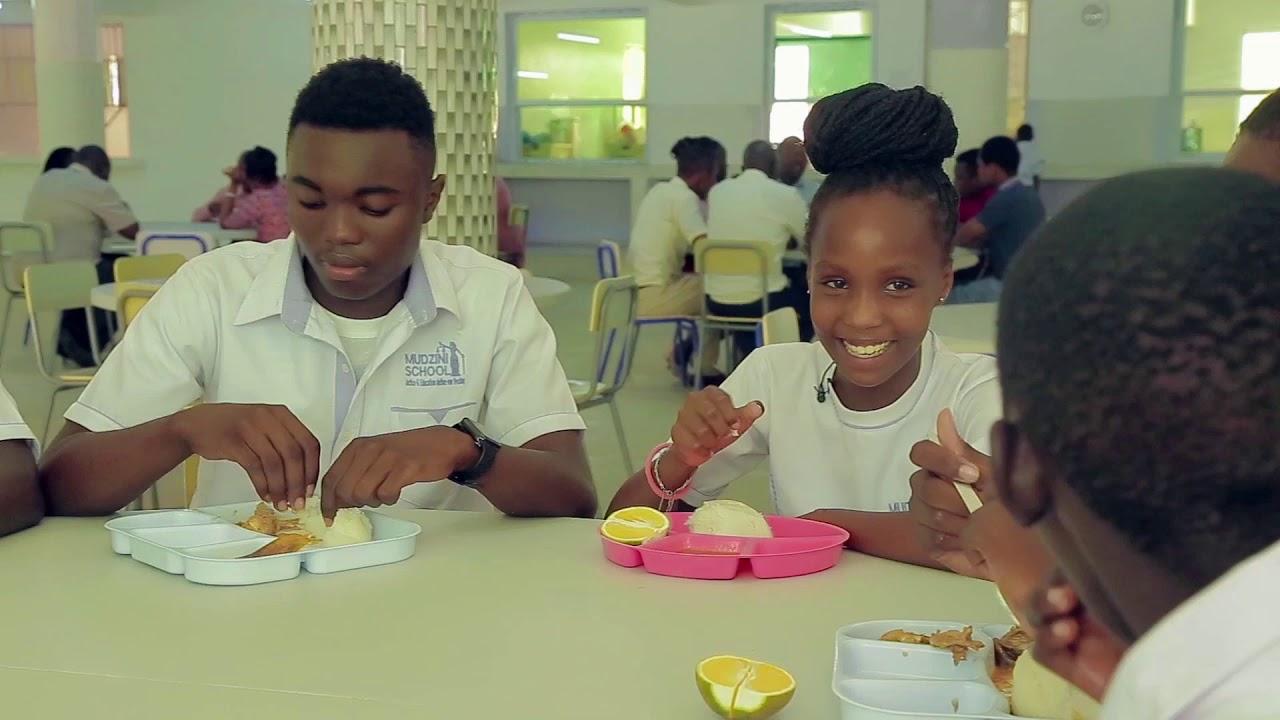 Tour Mudzini School