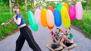 Beautiful Girl Nerf Guns Fight Criminal Dispute Balloons Battle   Moon Nerf War