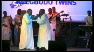 ESOCS CHURCH@90 VIDEOS  THE ADEGBODU TWINS AND THEIR BAND   PERFORMED LIVE ON STAGE @ D 2015 SINGING