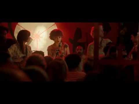 DOM HEMINGWAY | Canción Emilia Clark | Clip