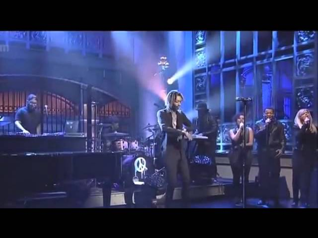 Wiz Khalifa - See You Again ft. Charlie Puth [Live on Saturday Night Live]