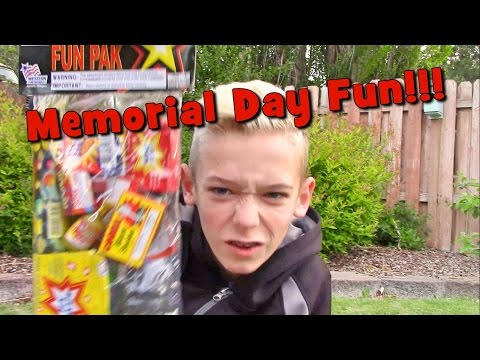 Playing With Smoke Fireworks!  ft.  Squishy!  ( Henry Larson )