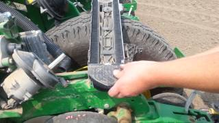 John Deere 1775 High Speed planter