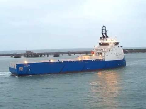 The Platform Supply Vessel 'Blue Fighter'.MOV