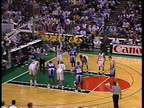 12/03/1994 Wooden Classic: #3 Kentucky Wildcats vs. #5 UCLA Bruins