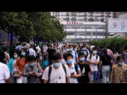جائحة كورونا: الحصيلة العالمية للوفيات تتجاوز الـ560 ألف شخص وخبيران من الصحة العالمية يصلان الصين  - نشر قبل 17 ساعة