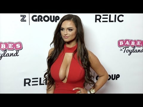 Jamie Leigh Thornton 2018 Babes in Toyland Pet Edition Red Carpet