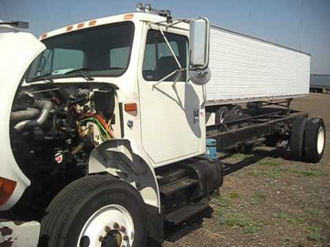 Motor Navistar DT466E en camion International 1999