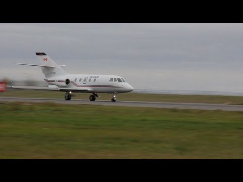 World first as Canadian jet flies on biofuel
