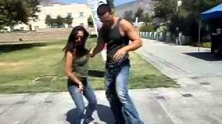 Bachata Estilo dominicano 6 Demostracion freestyle - Elvis Martinez - Maestra