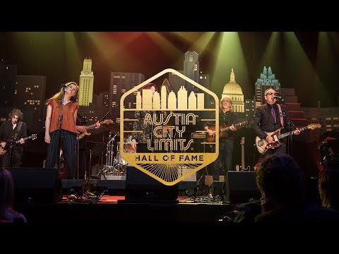 "ACL Hall of Fame New Year's Eve 2017 | Rosanne Cash, Neko Case, Elvis Costello ""Seven Year Ache"""