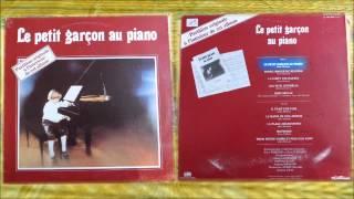 LE PETIT GARCON AU PIANO  - ALAIN MORISOD