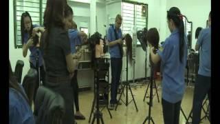 Học nghề chăm sóc sắc đẹp- Trường TCN Nhân Đạo