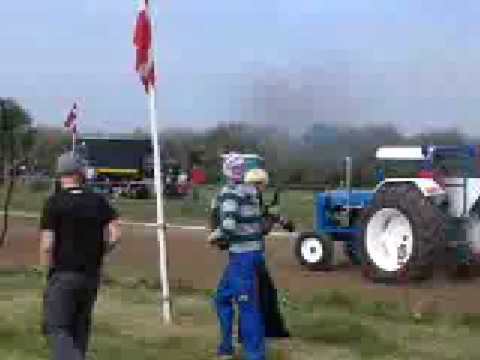 tractor videos showing fordson super major