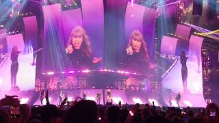 《Love Story & You Belong With Me》-Taylor Swift, Live Performance at Reputation Tour Arlington TX