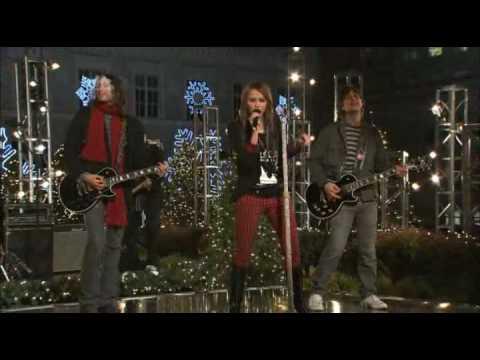 Miley Cyrus Performing Full Circle - Christmas at Rockefeller Center mp3