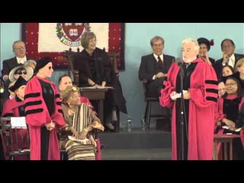 Plácido Domingo sings to Justice Ruth Bader Ginsburg