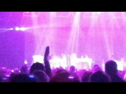 Tobymac - Undeniable With Colton Dixon