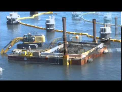CAT 336EL Excavator Dredge with Dredgepack on Portable Spud Barge Flexifloats