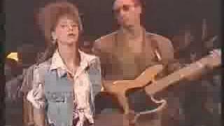 ISABELLE A -BLANK OF ZWART- 1991