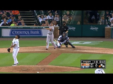 Davis crushes his second homer of the game
