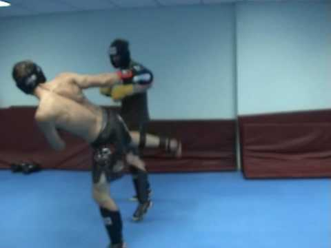 MMA Striking Training at Boxer Rebellion gym in Bangkok (Max & Stuart)