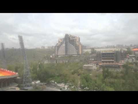 Стадион Раздан и город Ереван