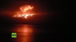 El volcán La Cumbre entra en erupción en una de las islas Galápagos