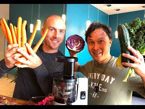 BEST HOME JUICER FOR YOUR GARDEN HARVEST | John Kohler & Jake Mace