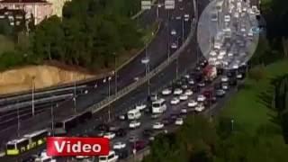 Metrobüs Kazası Kamerada   İSTANBUL 23 eylül 2016