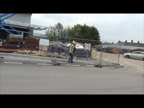 Abusive building site worker