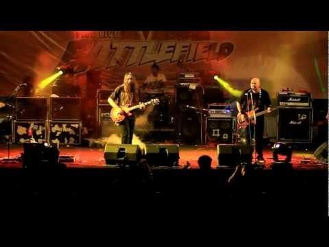 NETRAL - Cinta Gila (live at BattleField SMA 5 Bandung)