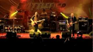 Video NETRAL - Cinta Gila (live at BattleField SMA 5 Bandung) download MP3, 3GP, MP4, WEBM, AVI, FLV Desember 2017