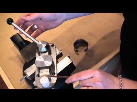 Make a Metal Cuff with Pepetools Superior Ring Bender