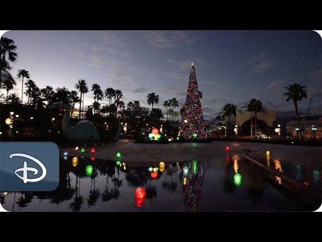 sneak-peek-at-new-holiday-decor-at-disney-s-hollywood-studios