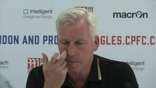 Alan pardew says his goodbyes to yannick bolasie