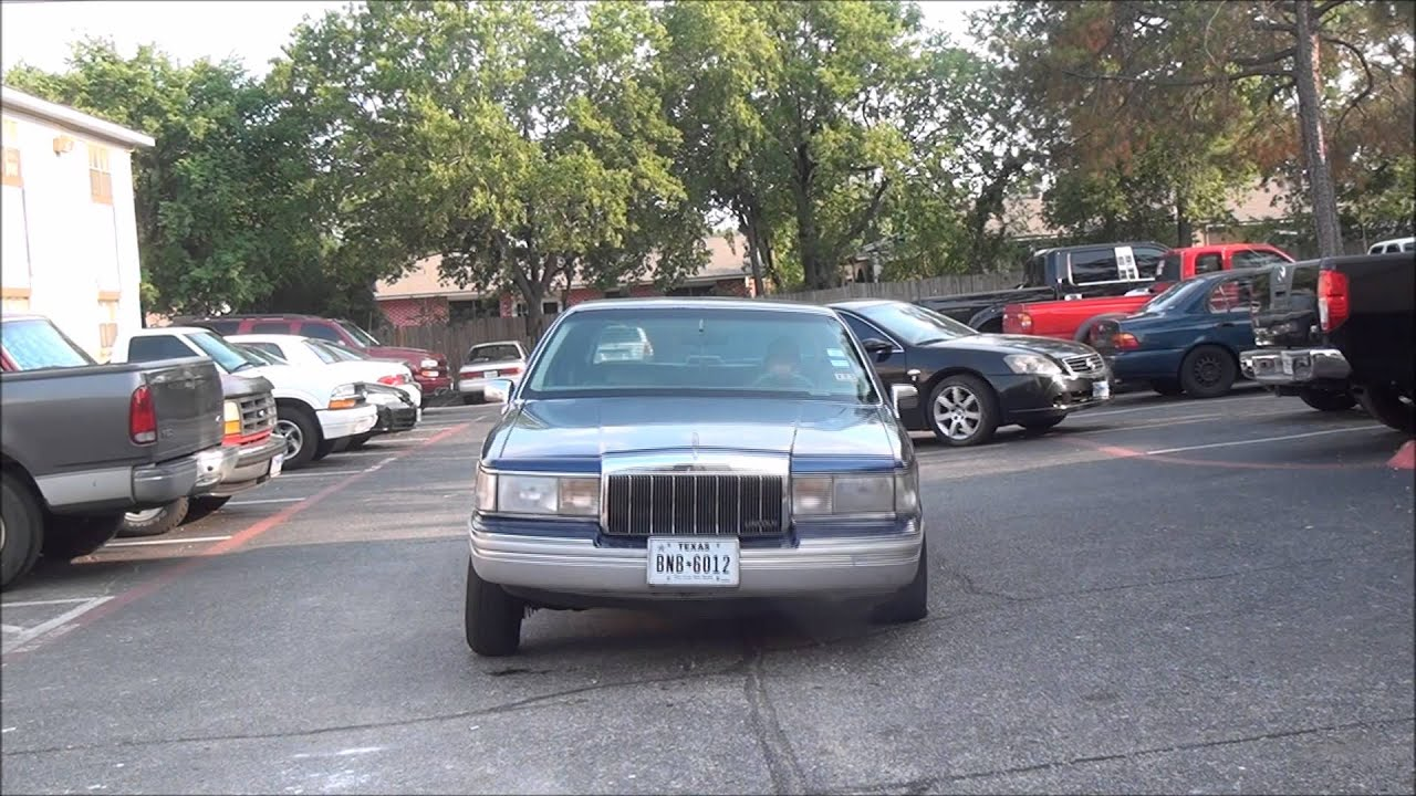 1991 Lincoln Town Car Lowrider With Hydraulics Youtube
