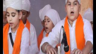 Amolpreet Kaur Lakhpur & Jovraj Singh Lakhpur in Kirtan Competition of Apple Orchard School Phg On dated 06 11 2011