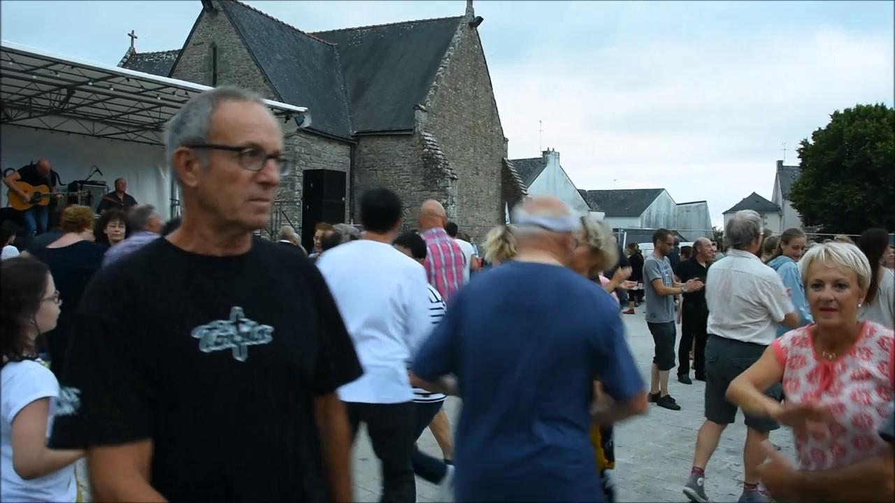 Fest Noz à Arradon avec les frères Guichen
