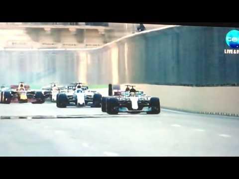 Baku GP Restart after red flag ( Daniel Riccardo 3 passes into turn 1)