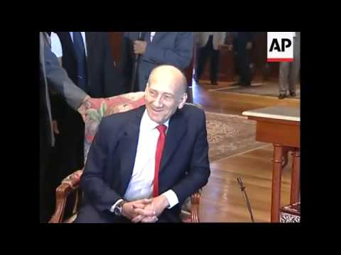 Israeli Prime Minister Olmert in Egypt for talks with President Mubarak